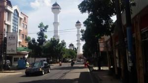Menara Masjid Raya Bandung. | Foto serbabandung.com #serbabandung