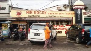 Mi Kocok Mang Dadeng | Foto serbabandung.com #serbabandung