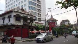 Bekas Hotel Surabaya yang sekarang digunakan oleh Hotel Gino Feruci di Jalan Kebonjati Bandung | FOTO serbabandung.com
