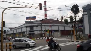 Pabrik Kina PT Kimia Farma di Jalan Pajajaran Bandung | FOTO: serbabandung.com.