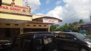 Warung Sate Pak Gino di Jalan Sunda Bandung | Foto serbabandung.com