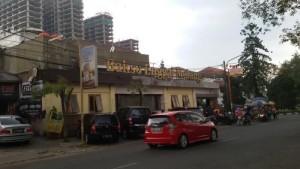 Bakso Enggal Malang di Jalan Burangrang Bandung. | Foto serbabandung.com #serbabandung