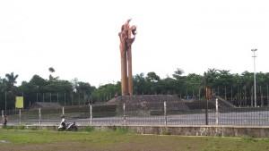 Monumen Bandung Lautan Api di Lapangan Tegallega Bandung. | Foto serbabandung.com #serbabandung