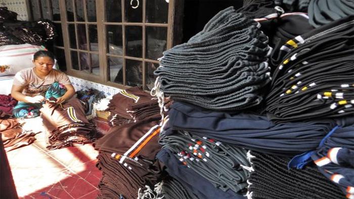 Sentra kain di Cigondewah