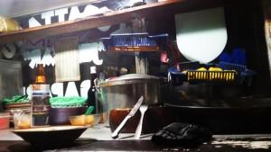 Kupat tahu Mangunreja yang dijual di Jalan Sekelimus Utara Bandung. |Foto serbabandung.com #serbabandung