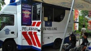 Pelayanan SIM Keliling di Kota Bandung. |Foto jabar.tribunnews.com #serbabandung