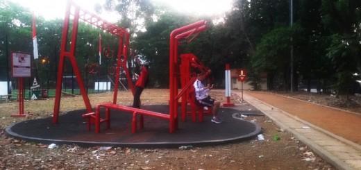 tempat kebugaran taman aktif