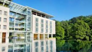 Padma Hotel