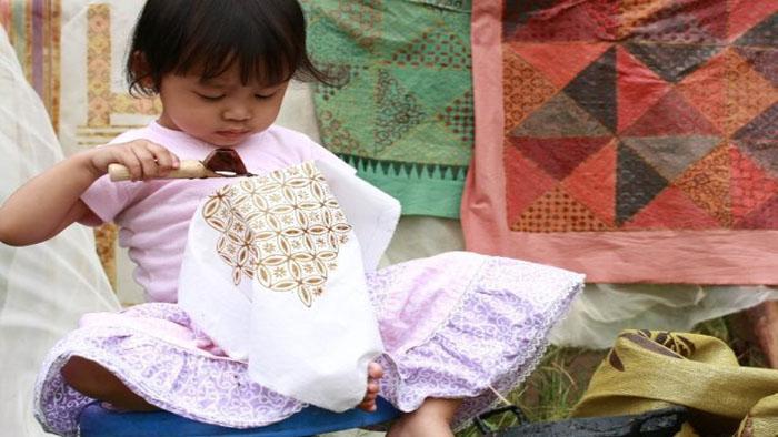 Rumah Industri Produksi dan Penjual Batik Hasan yang Jual Batik Khas Bandung