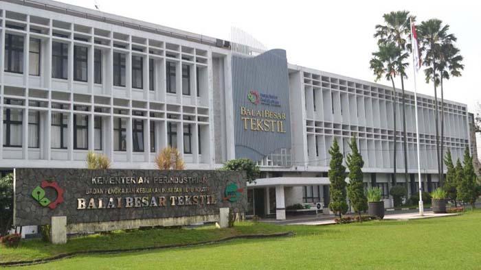 Balai Besar Tekstil di Jalan Ahmad Yani Bandung