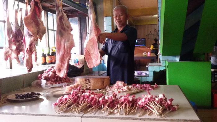 5 Kuliner Malam Hari di Bandung yang Tak Pernah Sepi Pengunjung