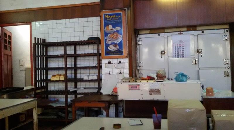 Menelusuri Jejak Kuliner di Kota Bandung dan Sekitarnya