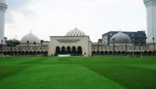 Masjid Raya Bandung di Kawasan Alun-alun Bandung
