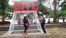 Gembok Cinta, Hanya untuk yang Punya Pasangan