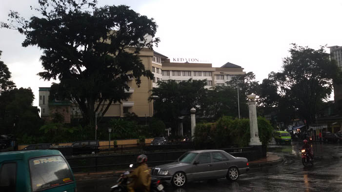 Hotel Kedaton, Hotel Dekat Jalan Braga