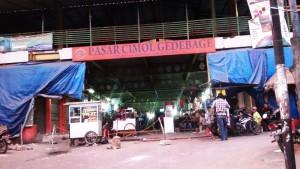 Pasar Cimol Gedebage. | Foto serbabandung.com #serbabandung