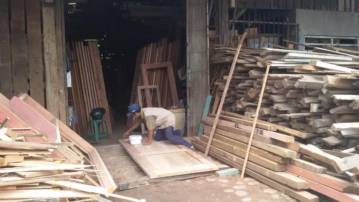Tukang Material Bangunan Bekas