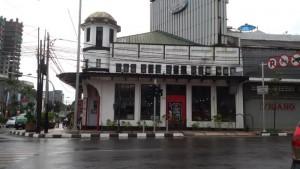 Gedung karya Eduard Cuypers yang dibangun pada 1912 di Simpang Lima Bandung | Foto serbabandung.com