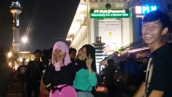 Jalan Asia Afrika Bandung, Tempat Asyik untuk Ber-selfie