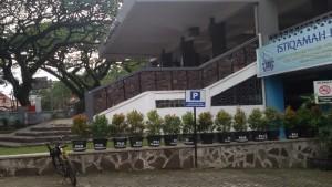 Bagian belakang Masjid Istiqamah Bandung. | Foto serbabandung.com #serbabandung