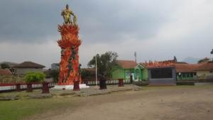 Monumen Moh Toha, Dayeuhkolot, Kabupaten Bandung. | Foto serbabandung.com #serbabandung