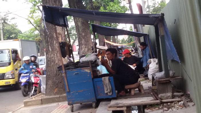 tukang sol sepatu di Malabar Bandung