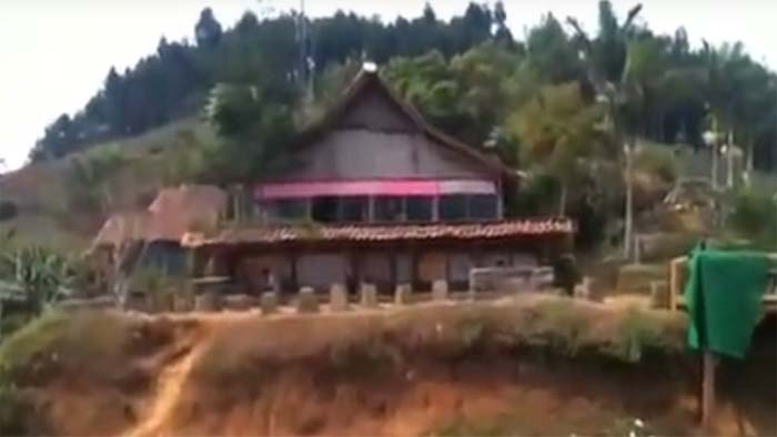 Warung Daweung