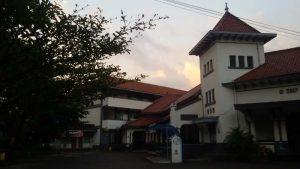 lembaga pendidikan SMPN 5 Bandung