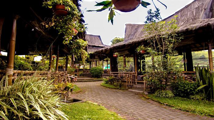 Restoran di Lembang yang Tawarkan Menu Sunda dan Pesona Alam