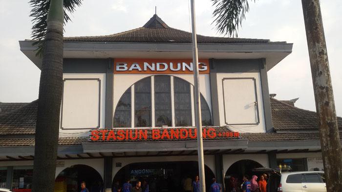 Wisata Dekat Stasiun Bandung Ada Wisata Kuliner, Belanja, dan Sejarah
