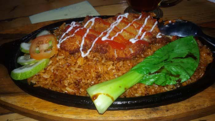 ramen dan nasi goreng