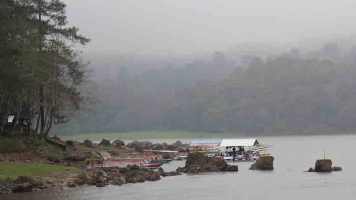 perahu di situ patenggang
